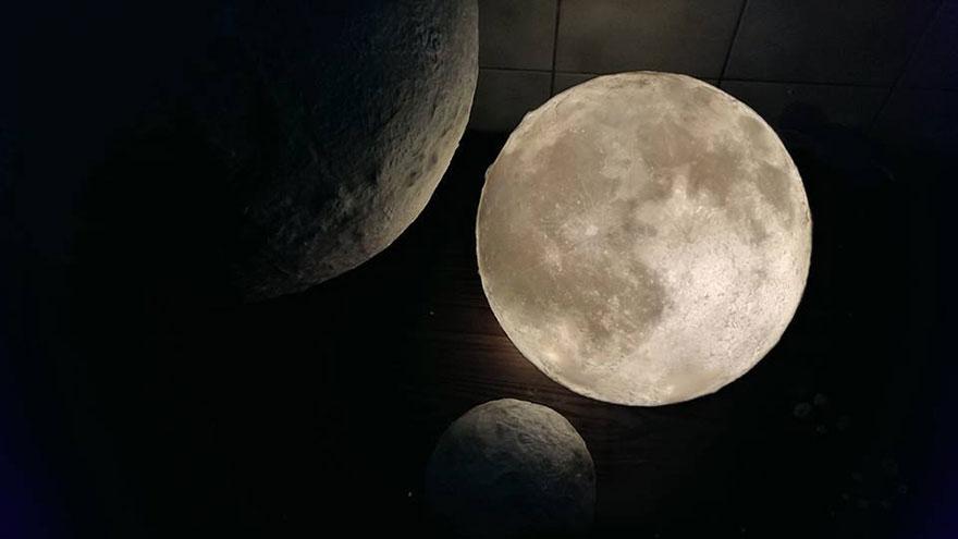 Ksiezycowa lampa Luna dekoracja, ktora zamienia przestrzen w magiczny swiat6