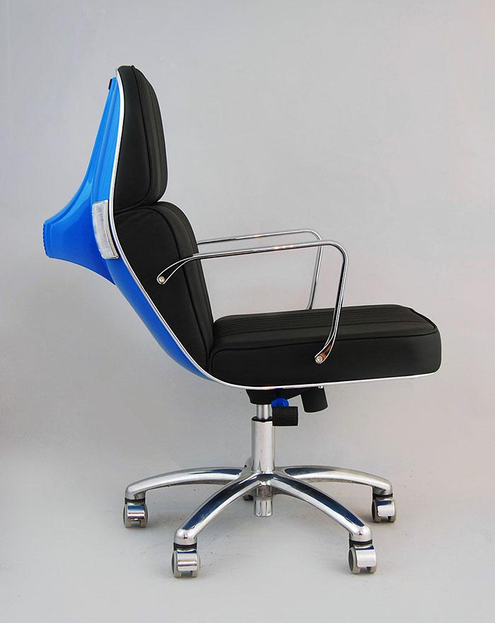 Stary Vespas przemieniony w nowoczesne krzeslo biurowe6