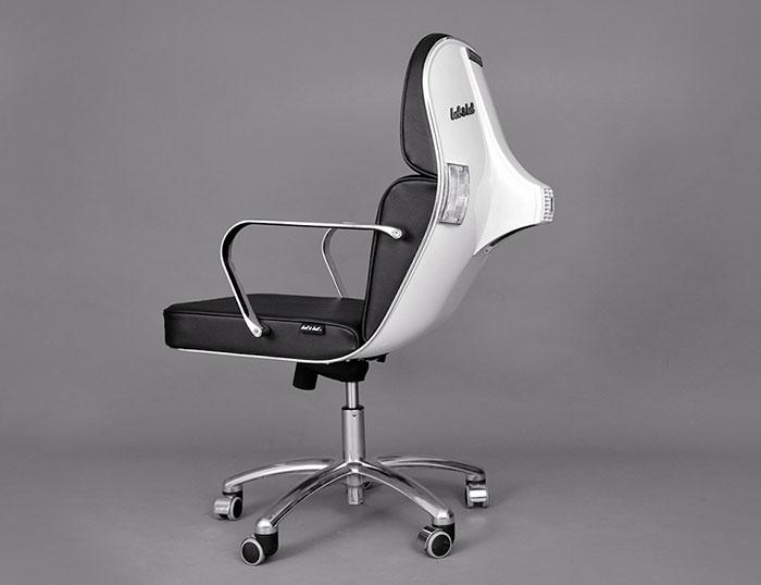 Stary Vespas przemieniony w nowoczesne krzeslo biurowe7