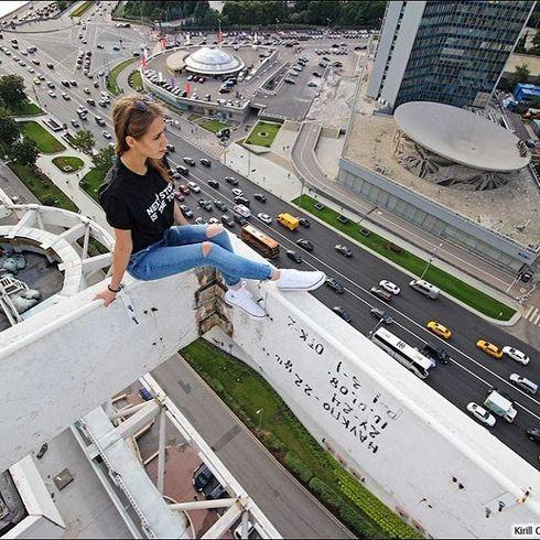 Galeria selfie wykonanych w niebezpiecznych miejscach25