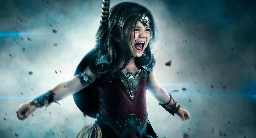 Ojciec spelnia marzenie trzyletniej corki i przemienia ja w Wonder Woman14